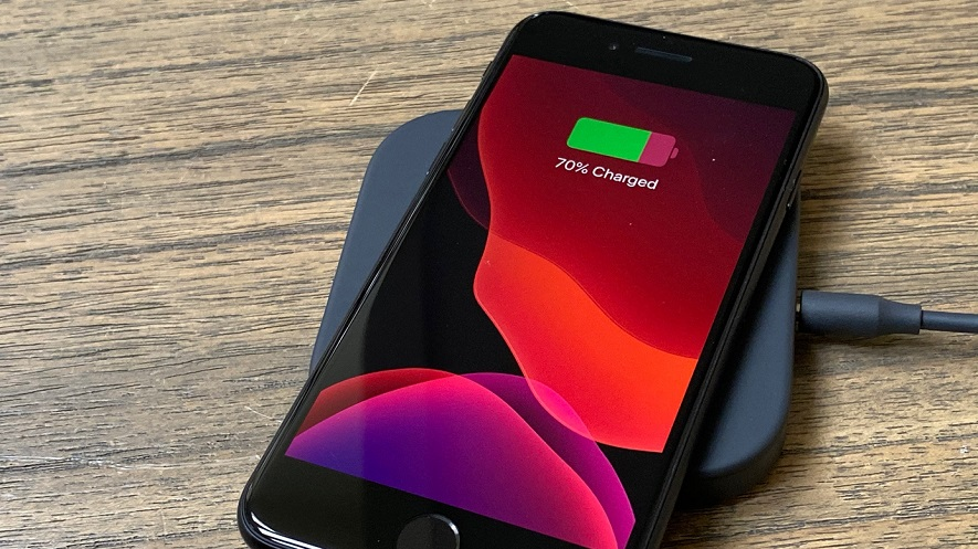 charge iPhone SE